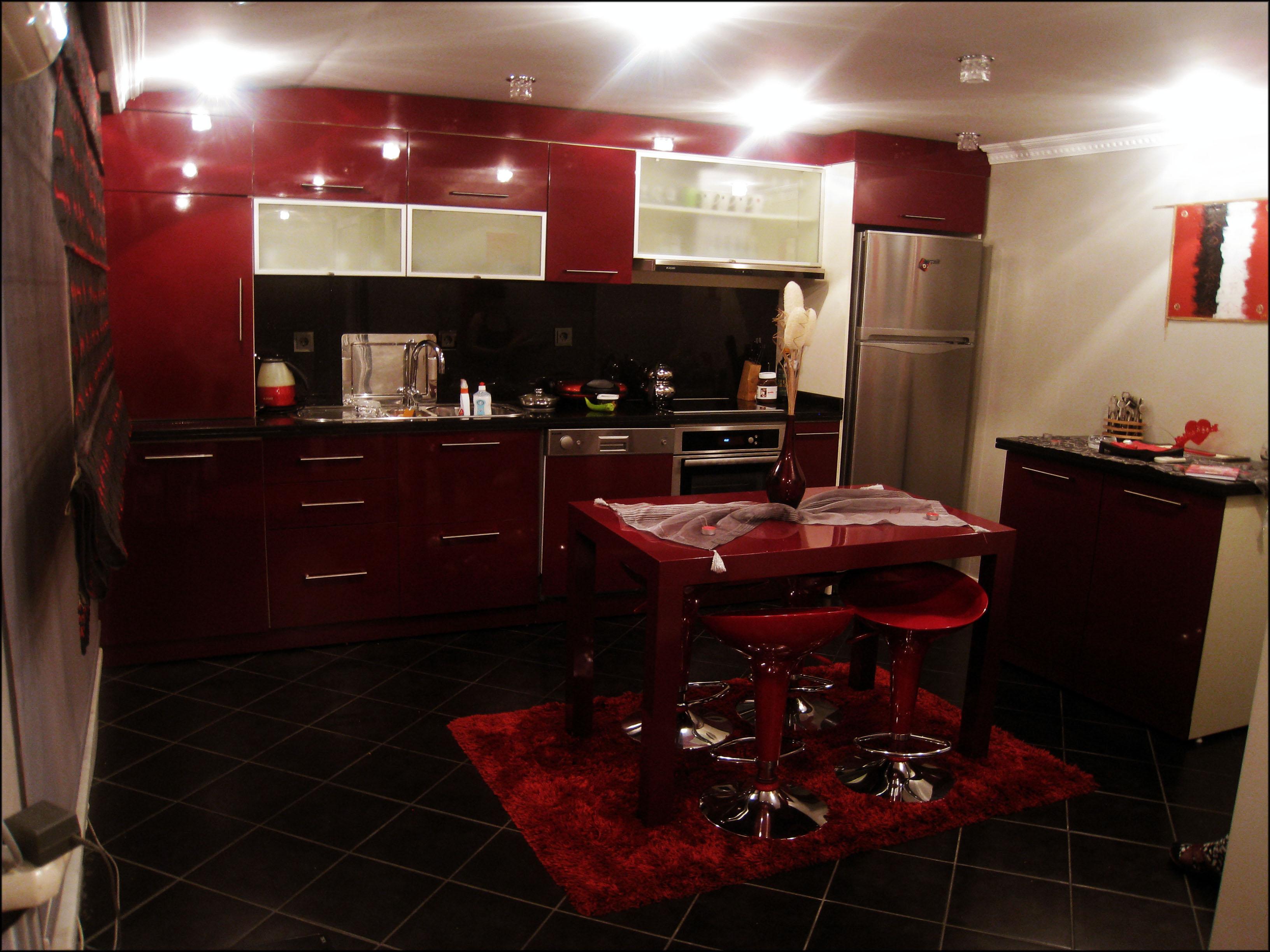 kucuk-mutfak-dekorasyonu-onerileri